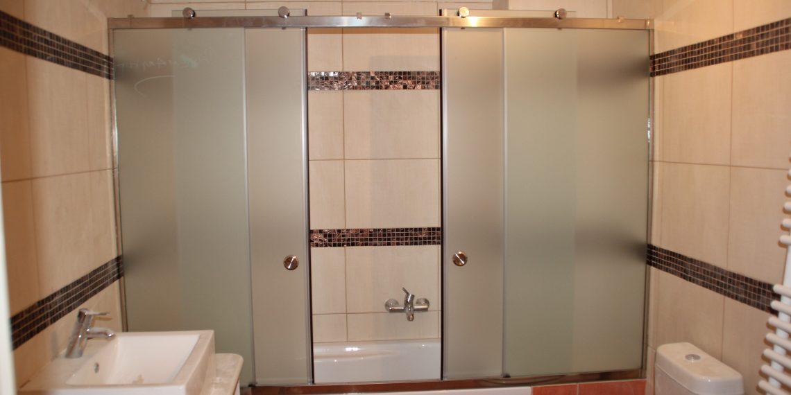 rapsomanikis glass - bathtub cabins