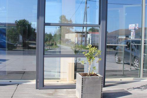 rapsomanikis glass - up-down system(guillotine)