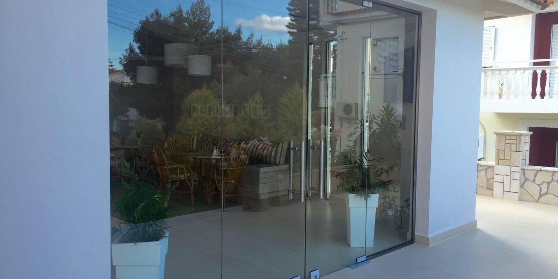 rapsomanikis glass - swing